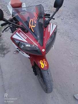 Yamaha R15.V2 showroom condition bike well maintain finance available