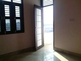 1 bhk flat for sale in Uttam Nagar with registry