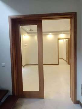 Newly built Family Flat For Rent in Gulraiz