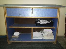 Desk For Book And Files Organizing With Big Drawer