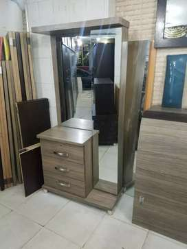 New stylish dressing tables 3drawers full mirror best quality