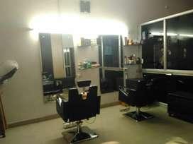 Mahi Beauty  Parlour  nd saloon only ledies,