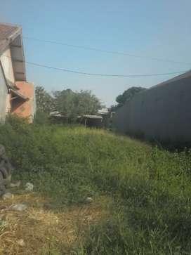 Tanah dan ada penggilingan padi pinggir jalan utama Cilamaya Cikampek