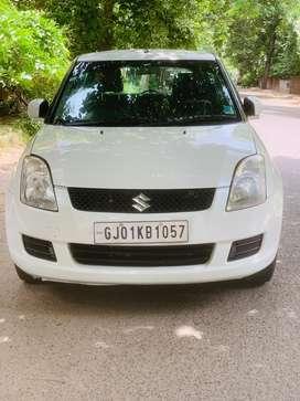 Maruti Suzuki Swift LXI, 2009, Petrol