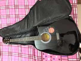 Brand new squier fender guitar 8 month old