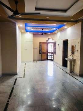 2room sepret homes on rent 6000/7000/8000/9000/10000 all posh areas