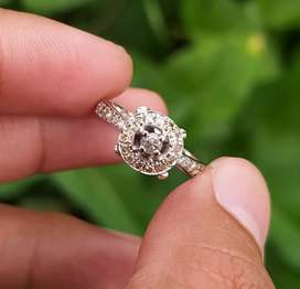 Cincin berlian brown