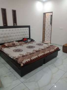 One Room Set Available near Pakhowal Road