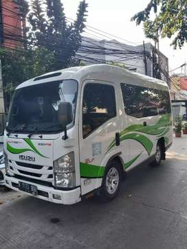 Rental Elf Hiace Bus pariwisata Innova jakarta tangerang bekasi depok