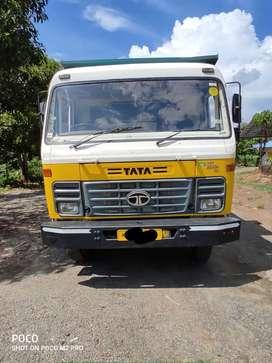 Tata tipper TAURUS 2518