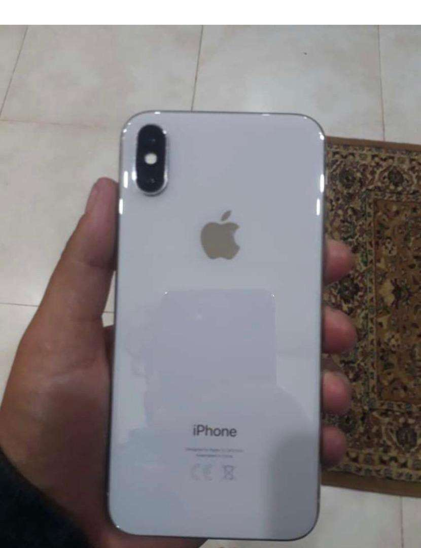 Iphone x 64gb with box good condition