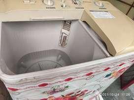 Samsung 6.0 Kg Semi Auto Washing Machine in good working condition