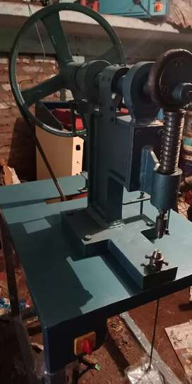 D-ring/ eyelet fitting machine on sale
