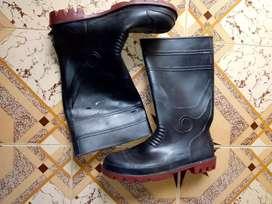 Gum boots Bata company