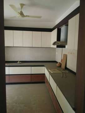 BCM PARADISE 3bhk flat available on rent only 4 family plz call