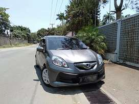 Honda Brio S 2013  mulus 100%, Sporty jok kulit, Sudah Airbag