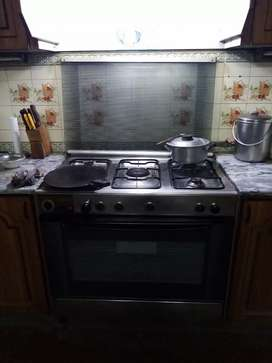 CANDY COOKERS COOKING RANGE IS AVAILABLE FOR SALE