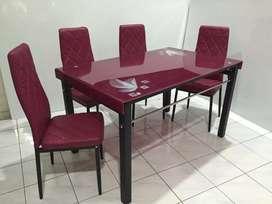 Meja Makan Import Kaca+ Kursi makan jok busa 4 org
