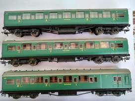 Ho Scale OO Scale Hornby Model train Locomotive Coaches