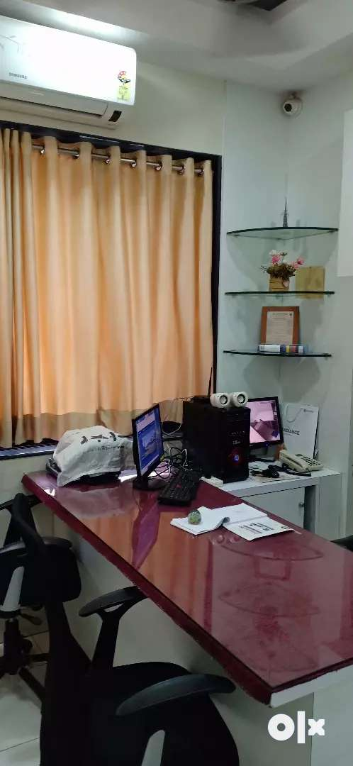 Office for Rent on prime location 0
