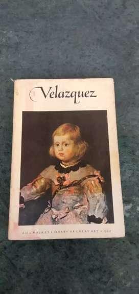 Buku katalog lukisan