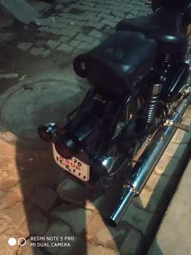 Royal Enfield 350 Classic good condition my number