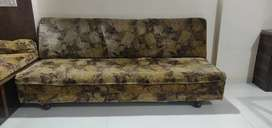 Sofa teakwood 6ft long