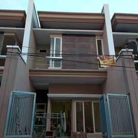 Rumah Suterejo Mulyosari Pakuwon city Surabaya siaphuni siap bantu KPR