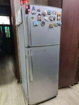 Samsung Refrigerator 400 liter in good condition