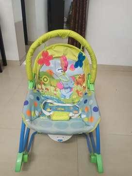 Newborn-To-Toddler Portable Rocker Baby Bouncer