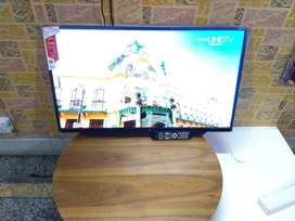 42INCH BRAND NEW BOX PACKED Sony panel LED smart tv android