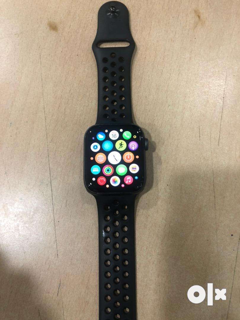 Apple watch 4 44mm wifi and cellular space grey 0
