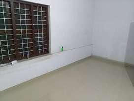 First floor for rent in pazhaveedu near thiruvampady school