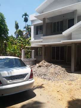 4 BHK Kothamangalam  Thangalam 40 Lakh ,in present condition , well Wa