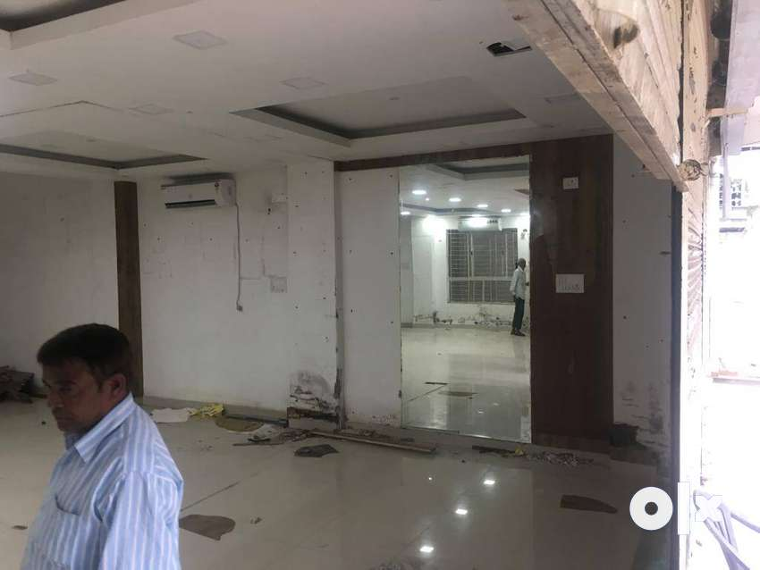 for sale well maintainewd building in E7 arera colony 0