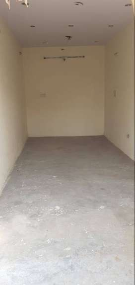 shop or office  for rent