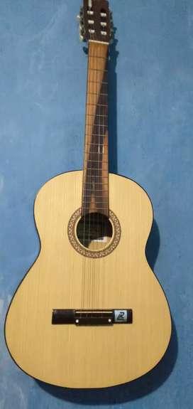 Gitar osmond c500 barang msh bening dr awal beli jarang di pakai