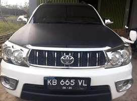 Toyota New Fortuner 2.7 G Lux A/T th 2010, Full Aksesoris