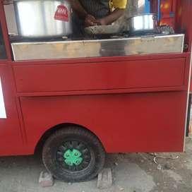 FOOD VAN ON BATTERY E-RIKSAW MODEL