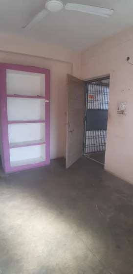 Independent 2 bhk flat in gulmohar Colony