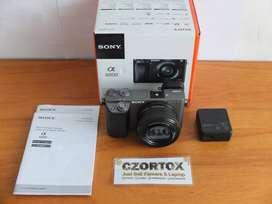 Sony A6000 Lensa 16-50mm OSS Silver Like New