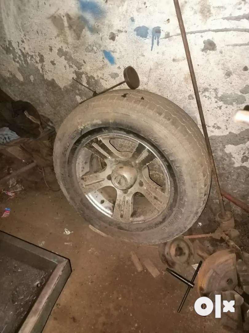 Tata safari dicor tyre and alloy