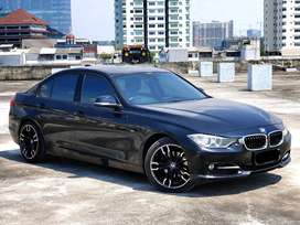 BMW 320i F30 / 2013 / Sport / Very Good Condition