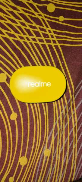 Realme air buds 1week old
