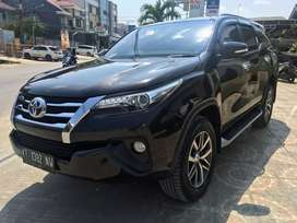 Toyota Fortuner VRZ Automatic 4x2 Diesel Bekas Rasa Baru Istimewa