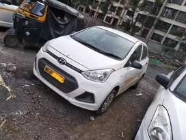 Hyundai Xcent base model petrol cng