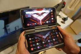 ASUS ROG PHONE 2 mobile available 8gb 128gb. On cash on delivery.