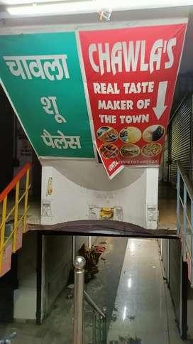 500sqft Shop For Rent in Main Raibareilly Road, Chawla Market,Telibagh