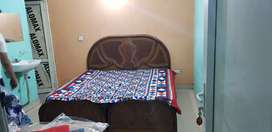 1 ROOM SET and 2 BHK AVAILABLE  IN 6000 NEAR NOIDA CITY CENTER MRTRO