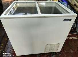 200 ltr deep freezer